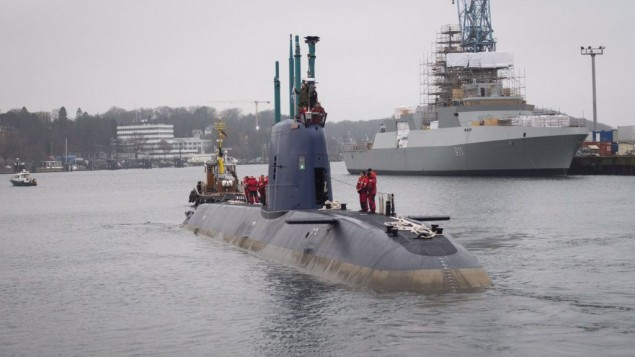 The INS Rahav, Israel's newest submarine, sets off from the German port of Kiel towards Haifa, where it is set to arrive next month, on December 17, 2015. (IDF Spokesperson's Unit)
